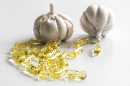 Capsule di aglio come complemento alimentare